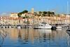 Cannes / Vieux Port / Tour du Suquet (Pantchoa) Tags: cannes france côtedazur vieuxport eau reflets vielleville lesuquet notredamedelespérance jetéealbertedouard bateaux nikon d7200 yacht sigma 1750mmf28 voiliers tour tourdusuquet