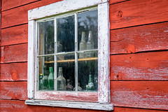 Old Glass (FJMaiers) Tags: glass bottles window old shed pane wisconsin dellsmill historic site augusta sprite paint peeling green red barn nikon d5300