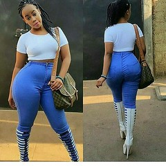 2017-10-19 05.44.38 1628801390367646711_4829977586 (African Queendom) Tags: igbestcakes thickgirlsonly dopesgirlsdopebooty dailybooty instacurvesthecake curvy curvaceous curviestcurves teamcakesuperbadd naija 9janigeria curvyafricangirls africasouthafrica kenya ghana booty africanqueen queendom pictureoftheday
