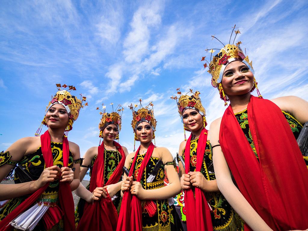 PA080782 Henry Sudarman Tags Gandrungsewu Banyuwangi Pantaiboom Culture Tradition Traditional Henrysudarman Indonesia Travel