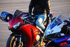 Motorbike Friends (driver Photographer) Tags: 摩托车,皮革,川崎,雅马哈,杜卡迪,本田,艾普瑞利亚,铃木, オートバイ、革、川崎、ヤマハ、ドゥカティ、ホンダ、アプリリア、スズキ、 aprilia cagiva honda kawasaki husqvarna ktm simson suzuki yamaha ducati daytona buell motoguzzi triumph bmv driver motorcycle leathers dainese