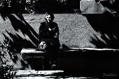 2017-08-06-Berry-174.2 (Pontalain) Tags: argentonsurcreuse france gegentag assis contrejour dergesetztist ombre sat schatten sentado shadow sombra tourist touriste turista