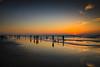 夕遊(Sunset play)。 (Charlie 李) Tags: 5d3 canon taiwan tainan people beach sun sunset 台灣 台南 人 沙灘 天空 海 海邊 日落 夕陽