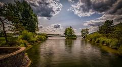 Biel-Bienne (Suisse) (glassonlaurent) Tags: suisse lac paysage landscape ciel sky cloud nuage eau water bielbienne