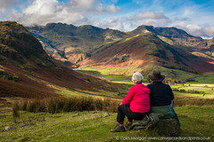 Lunch with a View ( Explored) (Splendid What) Tags: 2017 autumn bench couple cumbria lakedistrict langdale langdalepikes littlelangdale october people redcoat seat seatwithaview crinklecrag bowfell theband