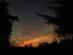 Tramonto in città (ioriogiovanni10) Tags: rosso cielo sky nuvole buio ombre nero noir night goodnight buonaserata città fotografia iphone rome redsunset sun sunset roma