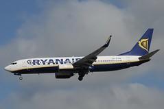 EI-DHE (LIAM J McMANUS - Manchester Airport Photostream) Tags: eidhe ryanair fr ryr boeing b737 b738 738 b73h 73h boeing737 boeing737800 manchester man egcc