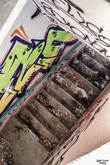 Auberge hécatombe (Undiscoveredplaces) Tags: devasted graffiti urbex exploration stairs abandonned heatercentral depthobsessed destruction batiment abandonné