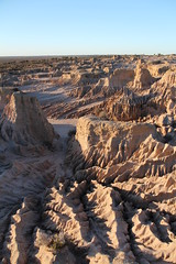 Sunset at the Walls of China (cathm2) Tags: australia nsw outback mungo nationalpark travel roadtrip sunset evening light wallsofchina dunes sand formations