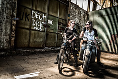 Motomodels (JanJungerius) Tags: holland vlissingen delasloods models man vrouw mann frau woman fabrik fabriek fabriekshal motorrad motorfiets motorbike nikond750 tamronsp2470mm bike