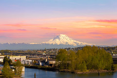 Mount Rainier from Tacoma Marina (biggncoo1) Tags: mountrainier mountain snowcovered tacoma washington city harbor port marina landscape scenic view sunset freeway cityscape industrial pacificnorthwest unitedstates usanorthamerica travel tourism unitedstatesofamerica
