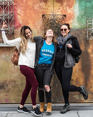 Megan, Roz, Avalon (Tex Texin) Tags: outdoor colorful wall santanarow people stranger meg roz avalon girl female sanjose trio three pals friends mermaid tendencies megan roslyn evelyn maroon burgundy pants