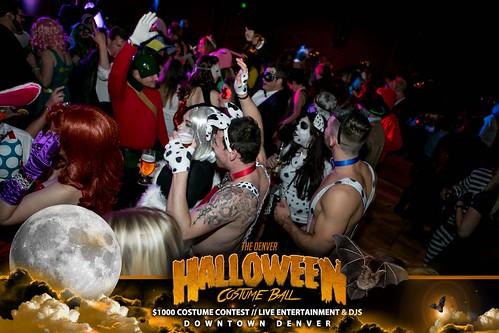 "Halloween Costume Ball 2017 • <a style=""font-size:0.8em;"" href=""http://www.flickr.com/photos/95348018@N07/38077690371/"" target=""_blank"">View on Flickr</a>"