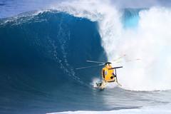 Ian Walsh heli bomb heat 3 (Aaron Lynton) Tags: peahichallenge peahi jaws lyntonproductions canon 7d sigma hawaii maui xxl bigwave big wave wsl surf surfer surfing