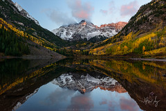 Autumn at Maroon Bells (wilson_ng) Tags: wilsonngphotography wilsonng maroonbells bells peak maroon 14ers snow autumn fall aspen tree reflection mirror sunrise alpenglow fineart landscape nature outdoor scenic colorado fog snowmass mountain water lake serene classic