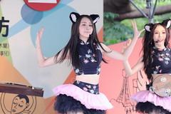 IMG_5966M 無双樂團 (陳炯垣) Tags: dancer stage musician performance
