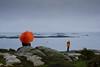 ile callot (mikiiiiderrien) Tags: ile callot island bretagne brittany parapluie umbrela orange rocher rock pluie rain