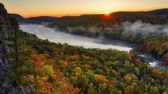 Lake of the Clouds Sunrise (Alan Amati) Tags: amati alanamati america american midwest mi michigan michiganup up upper upperpeninsula porcupine porcupinemountains lake lakeoftheclouds water fall fallcolor autumn trees color colors sunrise dawn earlymorning early earlylight firstlight fog mist wilderness overlook escarpment landscape us usa superior silvercity state park statepark topf25 porkies ontonagon mountains trail