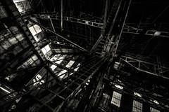 Convergence (vedebe) Tags: noiretblanc netb nb bw monochrome abandonné decay usine usinedésaffectée urbain urbex rue ville street city escaliers architecture