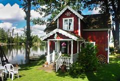 IMG_4163-1 (Andre56154) Tags: schweden sweden sverige wasser water see lake ufer building holzhaus wolke cloud himmel sky