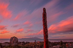 Pukerua Totem. (bob_katt) Tags: totem pole pukerua bay kapiti coast northisland newzealand island cloud colour canon eos500d landscape sky sea sunset rock weather water natural wonders wave wind