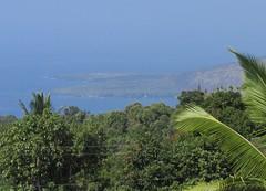Big Island of Hawaii - Captain James Cook Monument (Stabbur's Master) Tags: hawaii hawaiianislands bigisland monument cookmonument captainjamescookmonument kealakekuabay kealakekuastatehistoricalpark hawaiistatepark bigislandstatepark