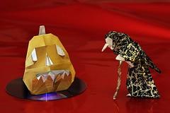 Pumpkin/Jack-O-Lantern (Marc Kirschenbaum) and Witch (Seiji Nishikawa) (De Rode Olifant) Tags: jackolantern seijinishikawa witch pumpkin marckirschenbaum origami paper paperfolding marjansmeijsters diagrams halloween 3d origamipumpkin origamiwitch tanteidanmagazine13 tanteidan origamiusaconventionbook2010