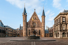 Inner Court | The Hague (Roberto Braam) Tags: binnenhof denhaag castle thehague ridderzaal sky clouds towers cityscape thenetherlands holland dutch europe building architecture historical parlement innercourt complex gothic historic netherlands outdoor scenery square