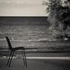 torno, torno.... (pamo67) Tags: pamo67 aroundigoback square bn sedia chair mare sea estate summer pianta plant relax blackwhite bw monochrome bianconero pasqualemozzillo