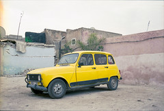 ° (°Bracket) Tags: canonae1p fd35mmf28 morocco marrakech 333bracket 35mm film analogue slr car renault old antique yellow