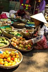 2017_04_09HoiAn38 (Andi [アンデイ]) Tags: vietnam hoian streetphotography street streetview people market travel travelphotography asia southeastasia seasia canon sigma sigmalens sigmaa