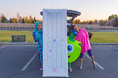 Monsters Inc Halloween Costumes (aaronrhawkins) Tags: costume halloween disney door monsters monstersinc sulley mikewazowski boo characters trickortreat trunkortreat holiday fall autum jessica joshua kellie family kids children scare movie aaronhawkins