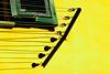 Tutto ciò che si appende (meghimeg) Tags: 2017 imperia corde ropes finestra window giallo yellow gelb bucato
