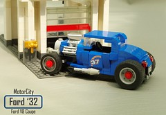 MotorCity Ford 1932 V8 Coupe & Roadster (lego911) Tags: motorcity ford 1932 32 v8 coupe roadster hotrod moc model lego lego911 howtobuildbrickcars how build brick cars peter blackert book lugnuts challenge 120 happy10thanniversarylugnuts happy 10th anniversay 109 deuceswild deuces wild classic vintage 1930s custom