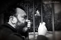 A la espera (alanchanflor) Tags: canon bn monocromo retrato