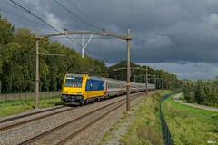03/10/2017 | Willemsdorp (SB-2013) Tags: ns 186 010 traxx benelux i10 i6 nmbs nederlandse spoorwegen intercity brussel icb bombardier baureihe willemsdorp brabantroute 3 oktober 2017