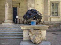 Black quartz crystals from Brazil now in Paris (eutouring) Tags: paris france travel jardin jardindesplantes mineral minerals crystal crystals quartz blackquartz blackquartzcrystals brazil