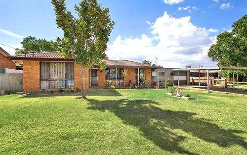 33 Carole Drive, Kootingal NSW 2352