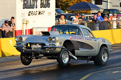The Frequent Flyer A/Gasser Corvette launching (Thumpr455) Tags: 2017 southeastgassers finals shadysidedragway shelby nc october sega northcarolina autoracing motorracing auto automobile voiture nostalgia nikon d800 dragracing sport car gassers frequentflyer agasser corvette launching chevrolet silver wheelie wheelstand action gm afnikkor70200mmf28vrii