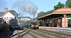 7812 Erlestoke Manor runs through Bewdley station. (johncheckley) Tags: d90 uksteam manor loco train station