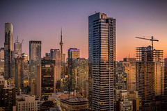 Glowing City (A Great Capture) Tags: cntower urban cityscape sunset sundown dusk nighttime night buildings skyscrapers toronto city glowing downtown lights dark agreatcapture agc wwwagreatcapturecom adjm ash2276 ashleylduffus ald mobilejay jamesmitchell on ontario canada canadian photographer northamerica torontoexplore fall autumn automne herbst 2017