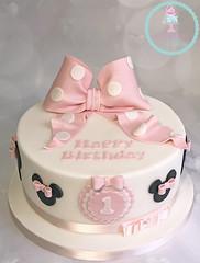 Minnie 1st Birthday Cake