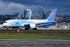 CYVR - China Southern Airlines B787-8 Dreamliner B-2737 (CKwok Photography) Tags: yvr cyvr chinasouthernairlines b787 dreamliner b2737
