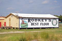 Oklahoma, Edmond, Rodkey's Best Flour (EC Leatherberry) Tags: oklahoma edmondoklahoma flour rodkeysbestflour wall advertisement oklahomacountyoklahoma issacwrodkey 1911