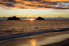 Sunrise at Lanikai Beach (fenicephoto) Tags: hawaii oahu lanikaibeach