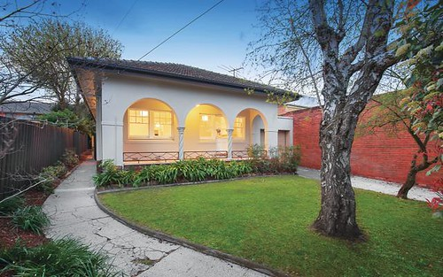 1 Oak Gv, Malvern East VIC 3145