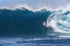 Billy Kemper (Ricosurf) Tags: 2017 2017bigwavetour bwt hawaii jaws maui peahichallenge peahi surf surfing theworldsurfleague wsl worldsurfleague action water heat1 roundone billykemper haikumaui usa