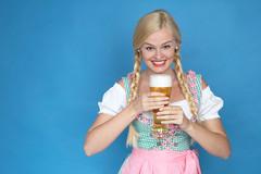 Bier (FotoDB.de) Tags: bier dirndel dirndl frau masskrug mas oktoberfest weisbier wiesen wiesn