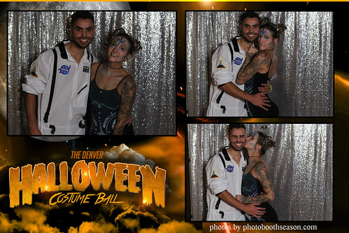 """Denver Halloween Costume Ball • <a style=""""font-size:0.8em;"""" href=""""http://www.flickr.com/photos/95348018@N07/37995396012/"""" target=""""_blank"""">View on Flickr</a>"""