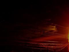 Nacht des Feuers (Neo-noir) Tags: night street fire weather midnight warmth noche clouds air